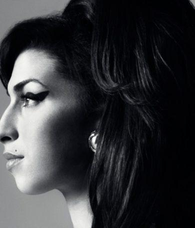 ¡Amy Winehouse la diva que cautivo al mundo con su voz!