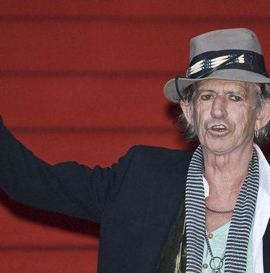 Keith Richards quiere que sus hijas aspiren sus cenizas