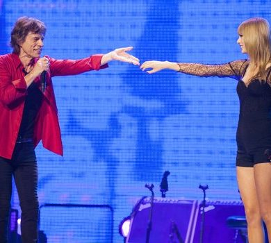 Taylor Swift canta en directo con Mick Jagger