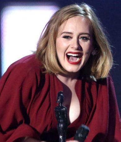 Adele confiesa su admiración por Beyoncé en redes sociales