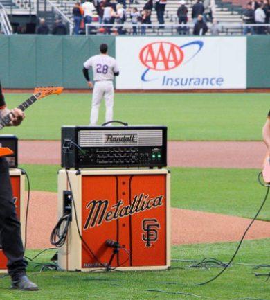 Metallica decora sus guitarras en honor a los San Francisco Giants