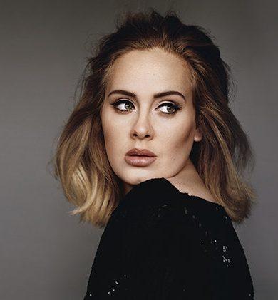 Adele regañó a fan por grabarla durante un concierto