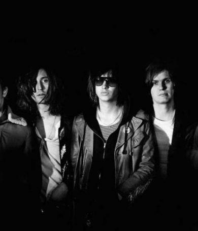 """The Strokes presentó en vivo algunos de los temas de """"Future Present Past"""""""