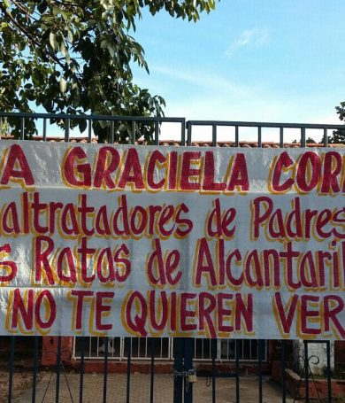 Padres toman la Escuela 'República de Cuba'