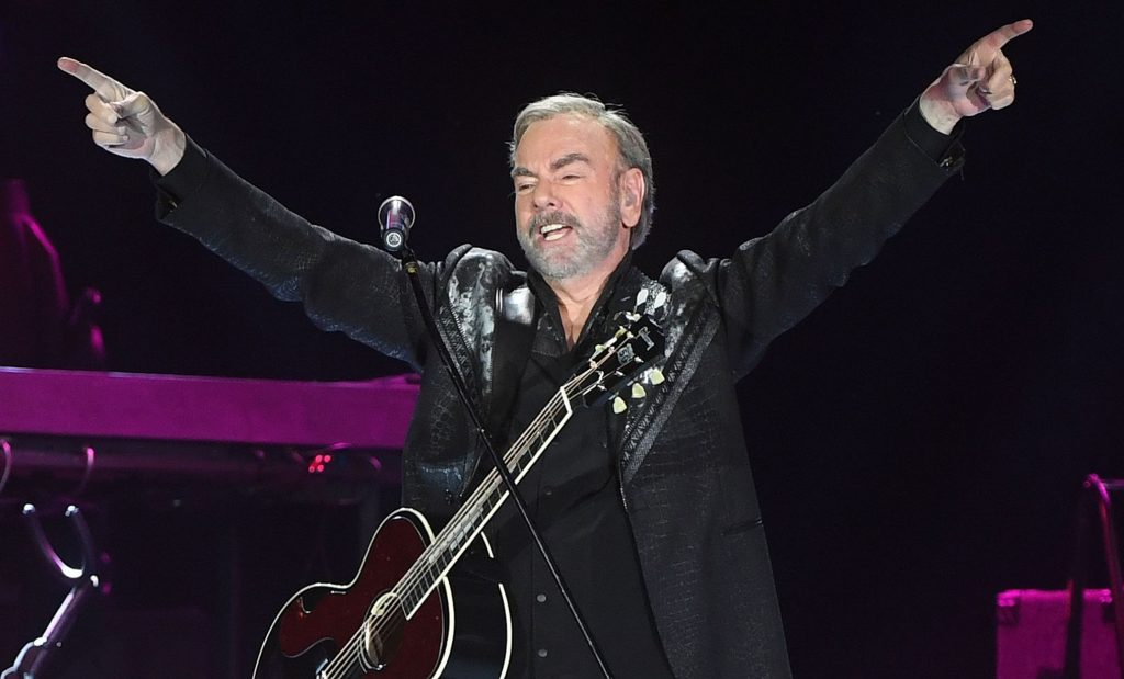 Neil-Diamond-1_-Lewis