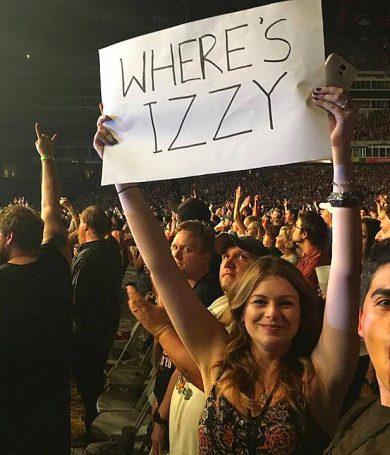 Izzy Stradlin supuestamente salio antes del show de la potencial reunión de los GNR.