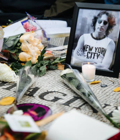 Le denegaron por décima vez la libertad al asesino de John Lennon