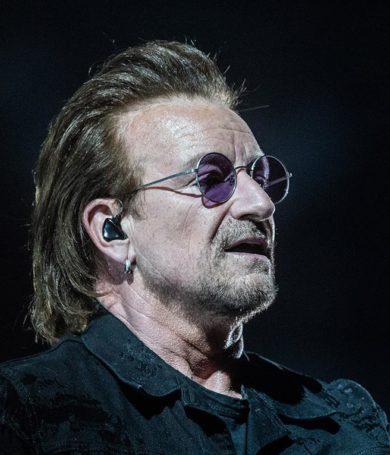 Bono pierde la voz durante un concierto en Berlín