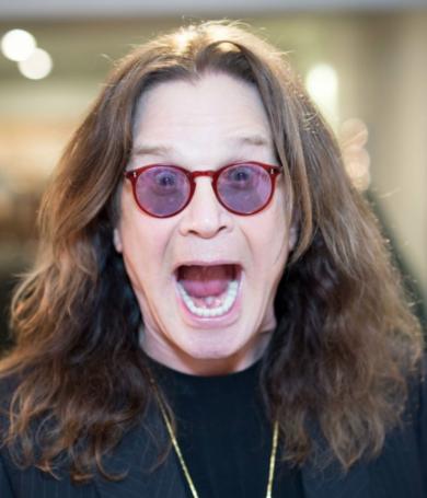 Ozzy Osbourne está completamente recuperado de su infección en el pulgar