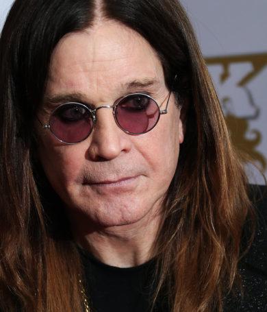 Ozzy Osbourne fue hospitalizado por infección