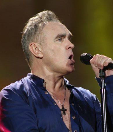 Morrissey desafiante:  Pide a sus seguidores hacer frente al maltrato animal
