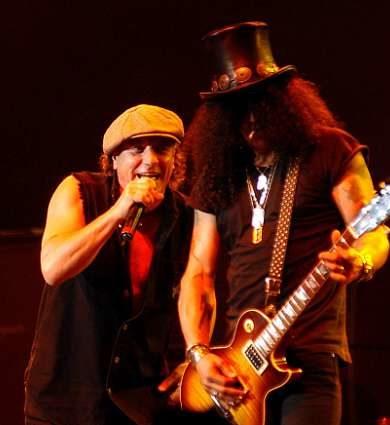 """Slash sobre noticias de AC / DC: """"No hay otra banda con con esa marca"""""""