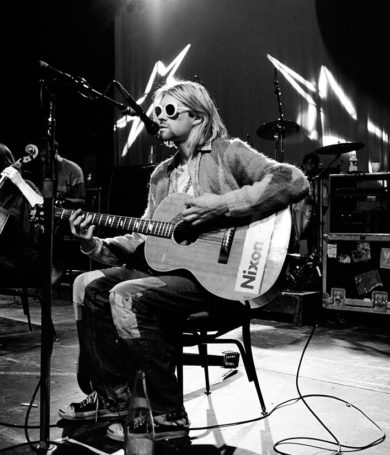 Venden suéter de Kurt Cobain por $ 75,000 en una subasta
