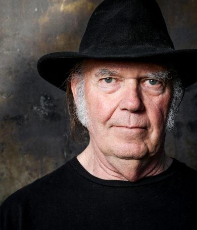 To Feel the Music: Será el libro con el que Neil Young buscará mejorar la calidad del sonido