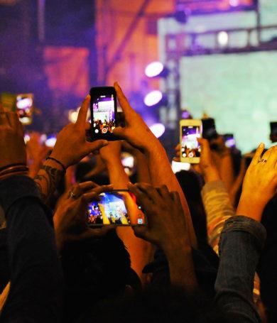 ¿Podrás disfrutar de un concierto o festival entero sin usar el celular?
