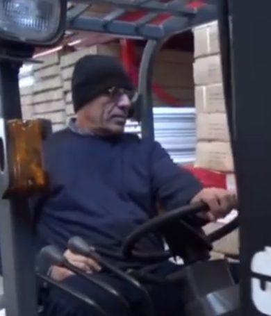 El preso que es beneficiado con permiso para trabajar en un supermercado