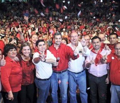 Seccionaleros anuncian que sitiarán Asunción en defensa de Mario Abdo