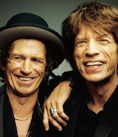Keith Richards utiliza un cenicero con aspiradora para no molestar a Mick