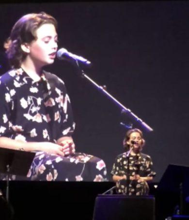 Dave Grohl cantará con su hija esta noche en el Leeds Festival