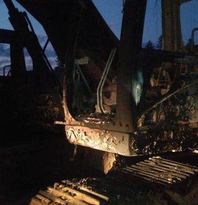 Toma de rehenes y quema de maquinarias en Mbuyapey