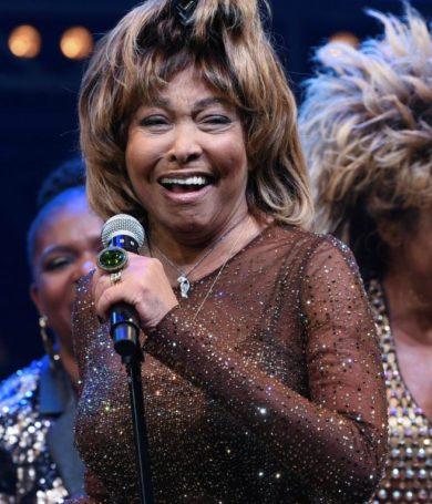 """""""Estoy feliz de ser una mujer de 80 años"""" fue el mensaje de Tina Turner para agradeciendo a sus fans"""