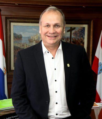 Mario Ferreiro renuncia como intendente de Asunción