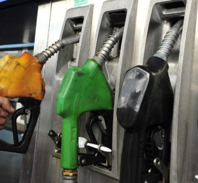 Emblemas privados de combustibles advierten sobre suba de precios por vigencia de nuevo decreto