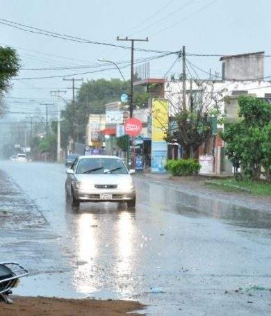 Jueves fresco y con lluvias dispersas, anuncia Meteorología