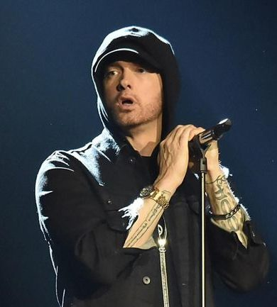 Eminem comienza el #GodzillaChallenge