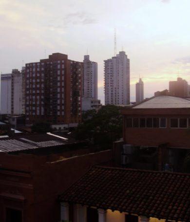 Lunes caluroso y con algunas lluvias dispersas, anuncia Meteorología