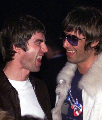 """Liam Gallagher """"EXIGE"""" reunión de Oasis luego de la pandemía."""
