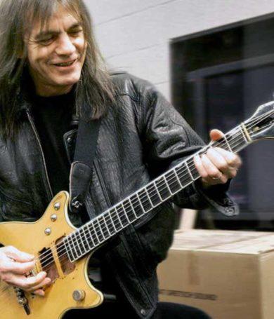 """El nuevo disco de AC/DC tendrá muchas """"sorpresas"""" de Malcolm Young"""