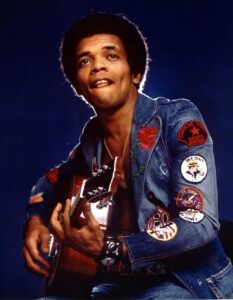 Johnny Nash, cantante de 'I Can See Clearly Now', muere a los 80 años
