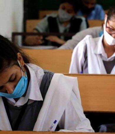 Poder Ejecutivo promulgó vuelta a clases de estudiantes del tercer año