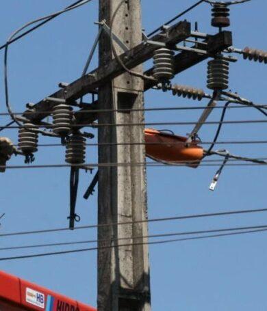 ANDE instala más de 3.300 nuevos transformadores en el Área Metropolitana para garantizar servicio
