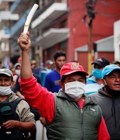 Campesinos retornan a Asunción exigiendo cumplimiento de acuerdo con Gobierno