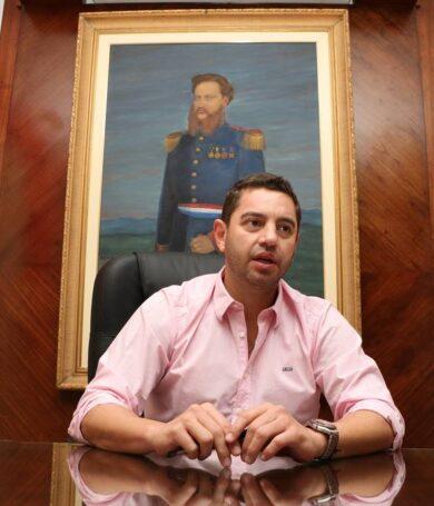 Funcionarios de la ANR denuncian a Pedro Alliana
