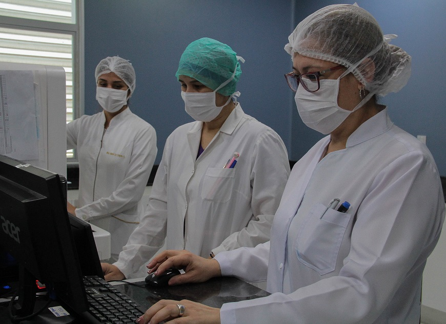 4.600 médicos fueron afectados hasta ahora por el COVID-19