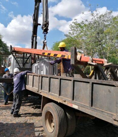 Retraso en reposición de energía: A gran cantidad de árboles caídos se le agrega falta de funcionarios, informa ANDE