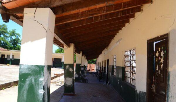 Escuelas y colegios del interior no está preparada para volver a clases presenciales, sostiene neumólogo