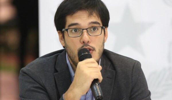 Enfermeros repudian palabras de Sequera y exigen disculpas