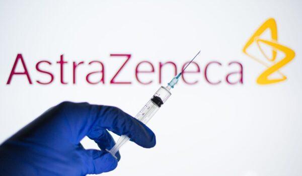 """Regulador europeo dice que vacuna de AstraZeneca es """"segura y eficaz"""""""