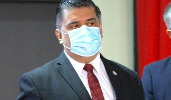 """Ministro de Salud: """"¿COVAX? Bien, gracias; no tenemos respuestas"""""""