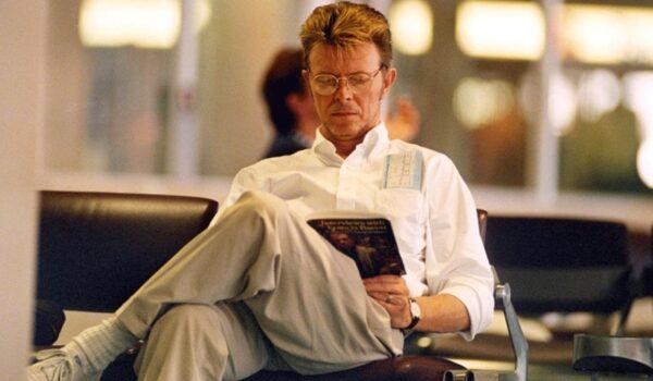 David Bowie, lector voraz: un fascinante recorrido por el universo literario del inolvidable músico