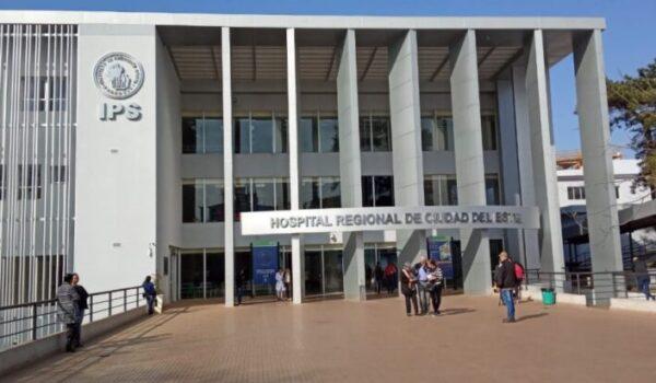 """Médicos """"apuran"""" altas para internar nuevos pacientes en Alto Paraná"""