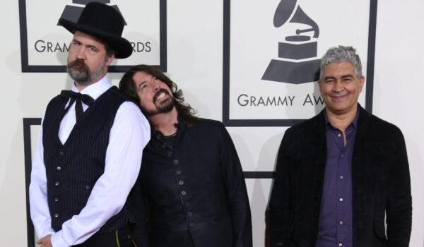 Dave Grohl confesó que tiene material inédito junto a los ex Nirvana