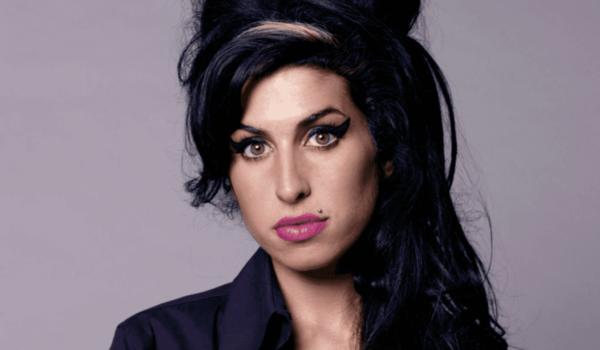 Una década sin ella: Amy Winehouse y el camino del desastre
