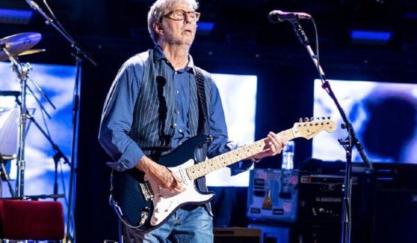 Pese a estar en contra de la vacuna, Eric Clapton dio un show que requirió certificado de vacunación