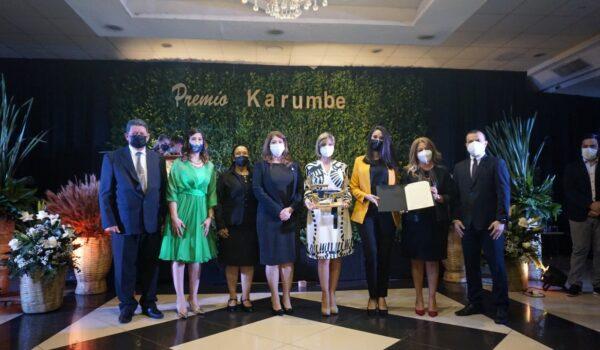 Fundación Continental recibe el Premio Karumbé de Encarnación