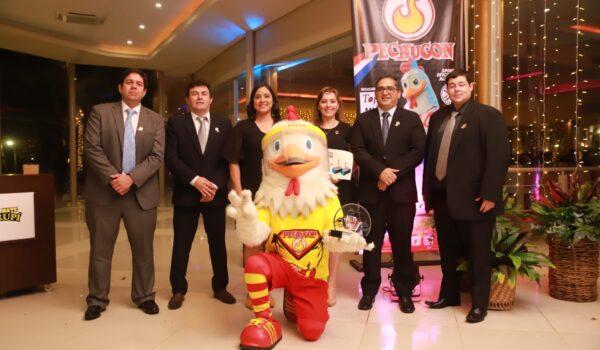 Pechugon recibe el reconocimiento del 'Exportador del Año' para el rubro avícola
